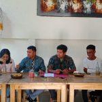 Lima orang calon peserta magang asal Flores Timur meminta kuasa hukum gugat perdata LPK Dharma Bali dan Pemkab Flores Timur. Foto: Lintasnusanews.com/Boy Edlon