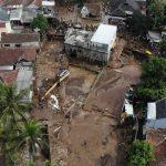 Banjir bandang melanda 3 kecamtan di wilayah Sukabumi Jawa Barat. Foto: Lintasnusanews.com/Istimewa