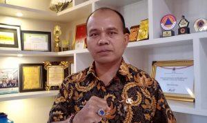 Sekretaris Satgas Covid19 Bali, I Made Rentin mengumumkan pasien Covid19 yang masih dirawat sebanyak 1.319 orang. Foto: LIntasnusanews.com/Boy Edlon