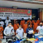 Konferensi Pers Polda Bali setelah tangkap 77 pelaku narkoba, Rabu (02/08/2020). Foto: LIntasnusanews.com/Istimewa