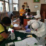 Rapid test pegawai PN Denpasar, Jumat (11/09/2020). Foto: Lintasnusanews.com/Widodo