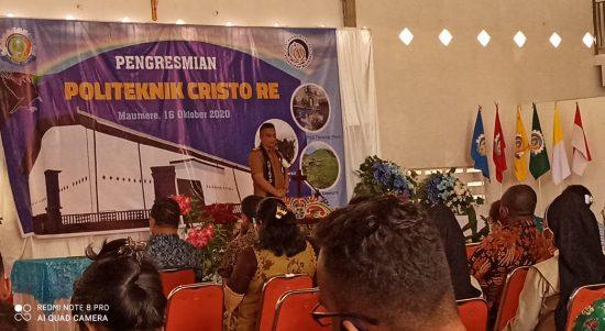 Bupati Sikka Fransiskus Roberto Diogo meresmikan Politeknik Cristo Re di Maumere, Jumat, (16/10/2020). Foto: Lintasnusanews.com/Karel Pandu