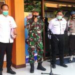 Kakumdam IX/Udayana Kolonel Chk Edhi Purwanto memberi keterangan terkait dugaan kasus penyekapan di salah satu rumah di Denpasar. Jumpa Pers digelar di Mapolda Bali, Selasa (06/07/2020). Foto: Lintasnusanews.com/Agung Widodo
