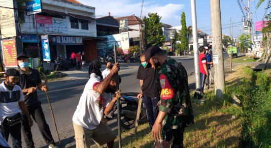 Gerakan jumpa berlian Kelurahan Panjer Denpasar dengan Tanam Pohon Tabebuya, Jumat (13/11/2020). Foto: Lintasnusanews.com/Ist