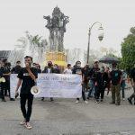 Demo Hari HAM sedunia, mahasiswa Bali sentl kasus Korupsi Bansos oleh Mensos. Foto: Lintasnusanews.com/Agung Widodo