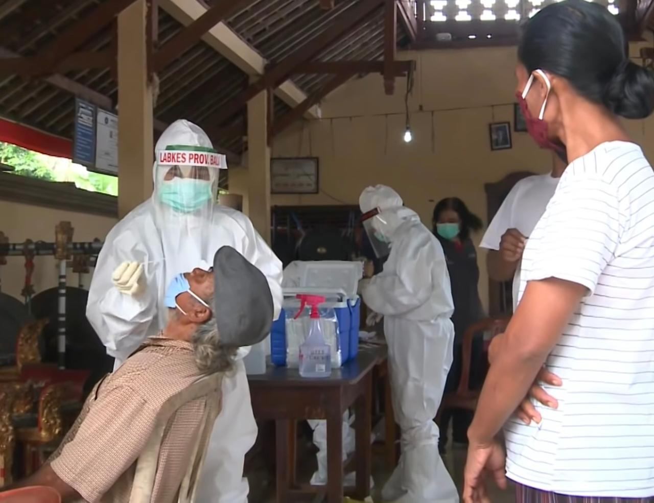 Ilustrasi Test Swab PCR di Bangli. Wisatawan yang libur ke Bali wajib test swab berbasis PCR. Foto: Dok Lintasnusanews.com