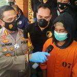 PHAP (14) pelaku pembunuhan Teller Bank Mandiri Denpasar usai ditangkap Polresta Denpasar. Foto: Dok Lintasnusanews.com