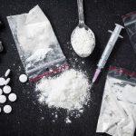 Dua pria di Bali disidangkan di PN Denpasar karena terlibat transaksi narkoba. Foto: Ist