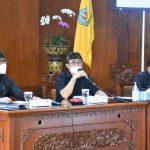Walokita Denpasar, I Gusti Ngurah Jaya Negara didampingi Wakil Walikota I Kadek Agus Arya Wibawa saat rapat evaluasi penanganan Covid19 Denpasar, Selasa (24/08/2021). Foto: Ist
