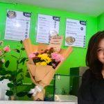 Anita Nobara, mantan pramugari yang membuka bisnis salad makanan kesehatan di masa pandemi Covid19. Foto: Lintasnusanews.com/Ambros Boli Berani