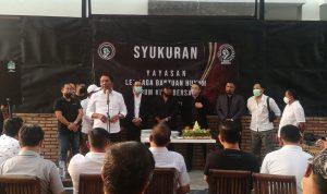 Pendiri Yayasan LBH Kuta Bersatu, I Gusti Anom Gumanti saat memberi sambutan
