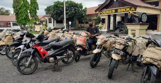 Sepeda motor bodong asal Solo Jawa Tengah yang diamankan Satlantas Polres Sikka NTT. Foto: Lintasnusanews.com/Karel Pandu